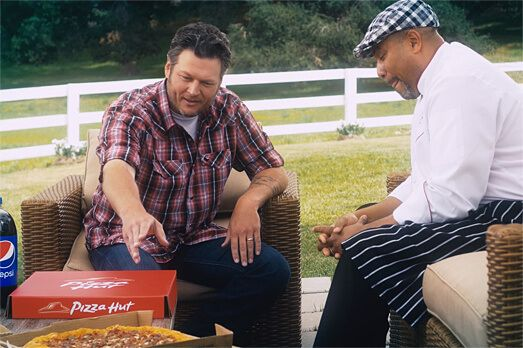 Blake Shelton Pizza Hut.jpg